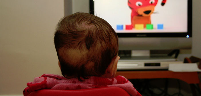 television, infant, DVD, baby development, toddler