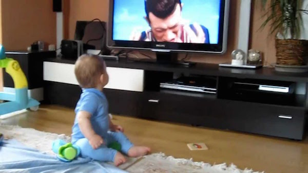 infants watching tv can be harmful