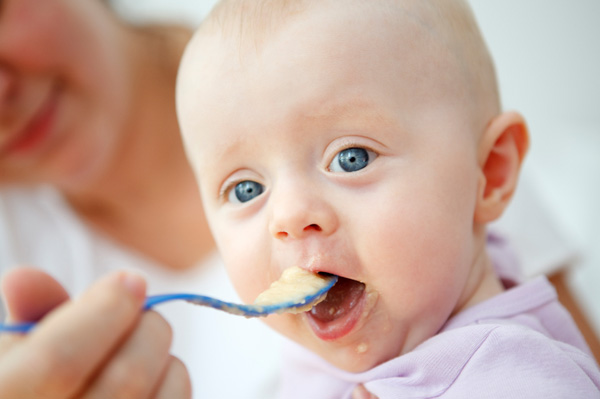 feeding, solid food, allergy, infant, new born, baby development