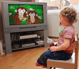 research shows types of tv program good for toddlers to watch. Black Bedroom Furniture Sets. Home Design Ideas